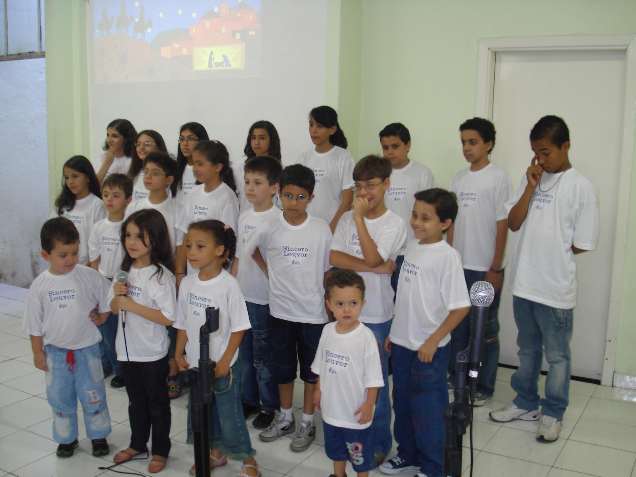 Coral Louvor para Cristo | Foto: arquivo IPD (2009)